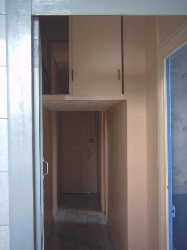 Appartement vendu en b n fice photos et descriptif blog finance bourse trading bons plans for Couloir appartement