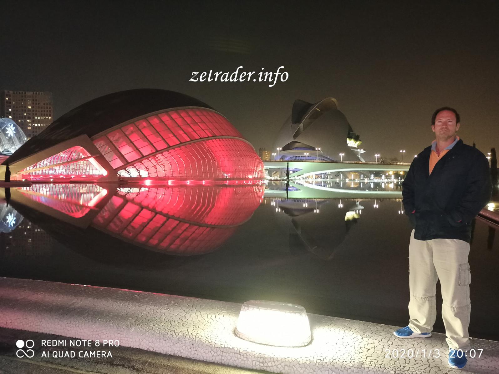 pierre-aribaut-zetrader-cite-arts-sciences-valence-espagne-3-janvier-2020-1